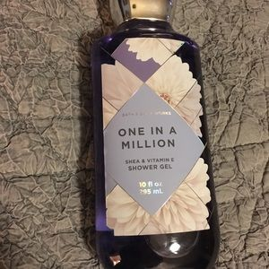 """Bath and Body Works """"One in a million"""" shower gel"""